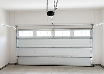 Garage doors repair service completed